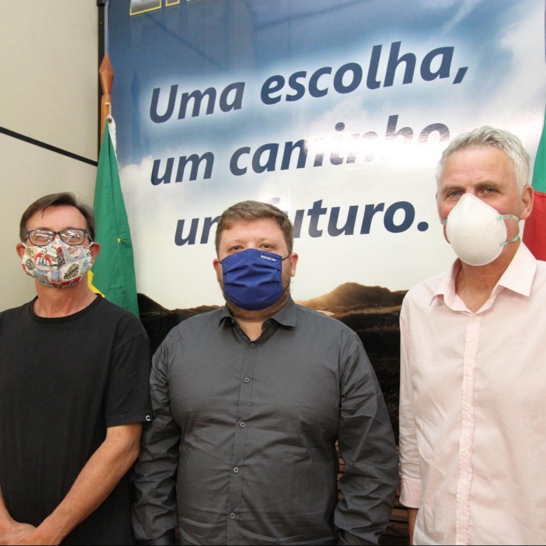 SINTEC-RS Realiza Reunião Com Diretor Da Fundação Liberato